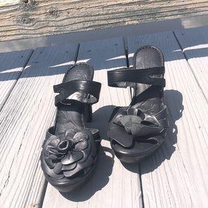 Women's born black high heels with rose design